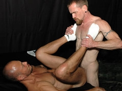 Two awesome amateur males sucking cock